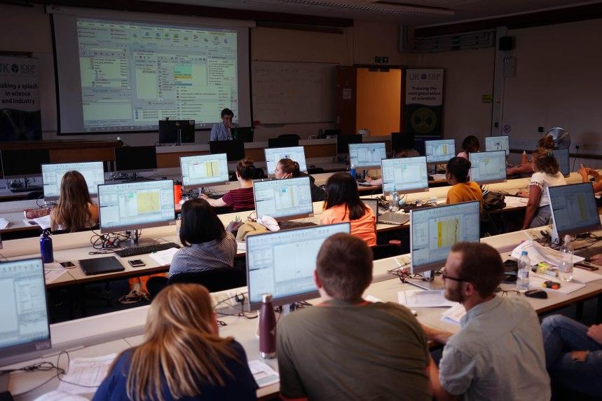 Techlog training. Credit: ErwanLeBer@EPC